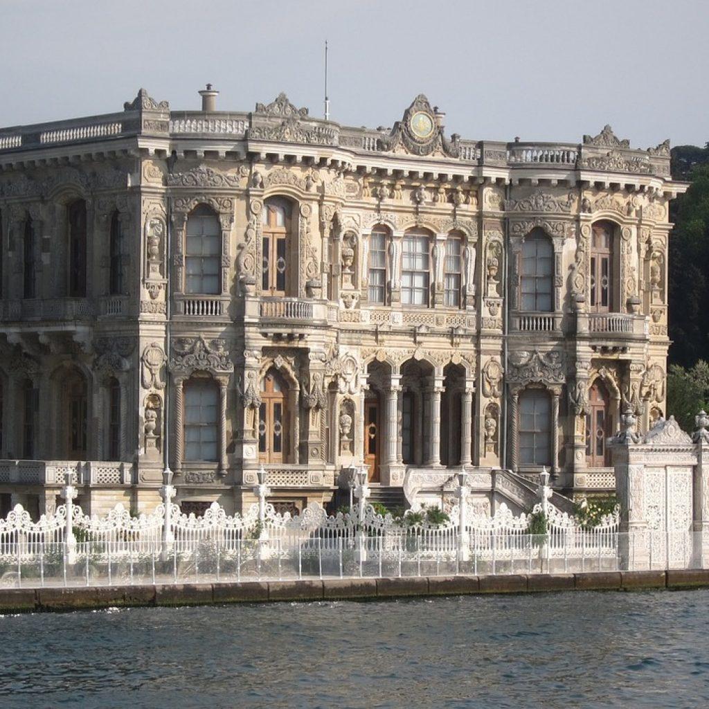 kucuksu-palace-1162615_1280