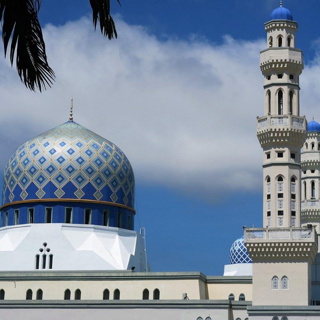 mosque-1373975_1280